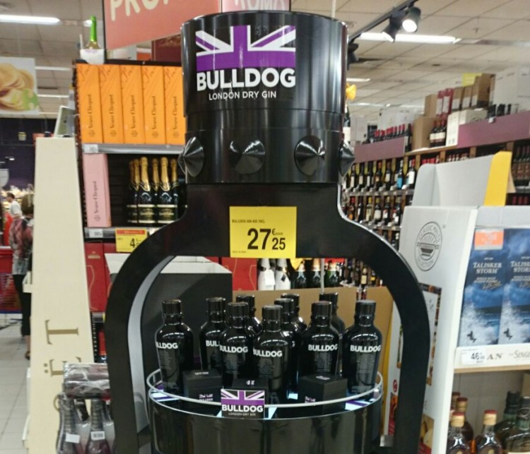 stojak reklamowy na alkohole